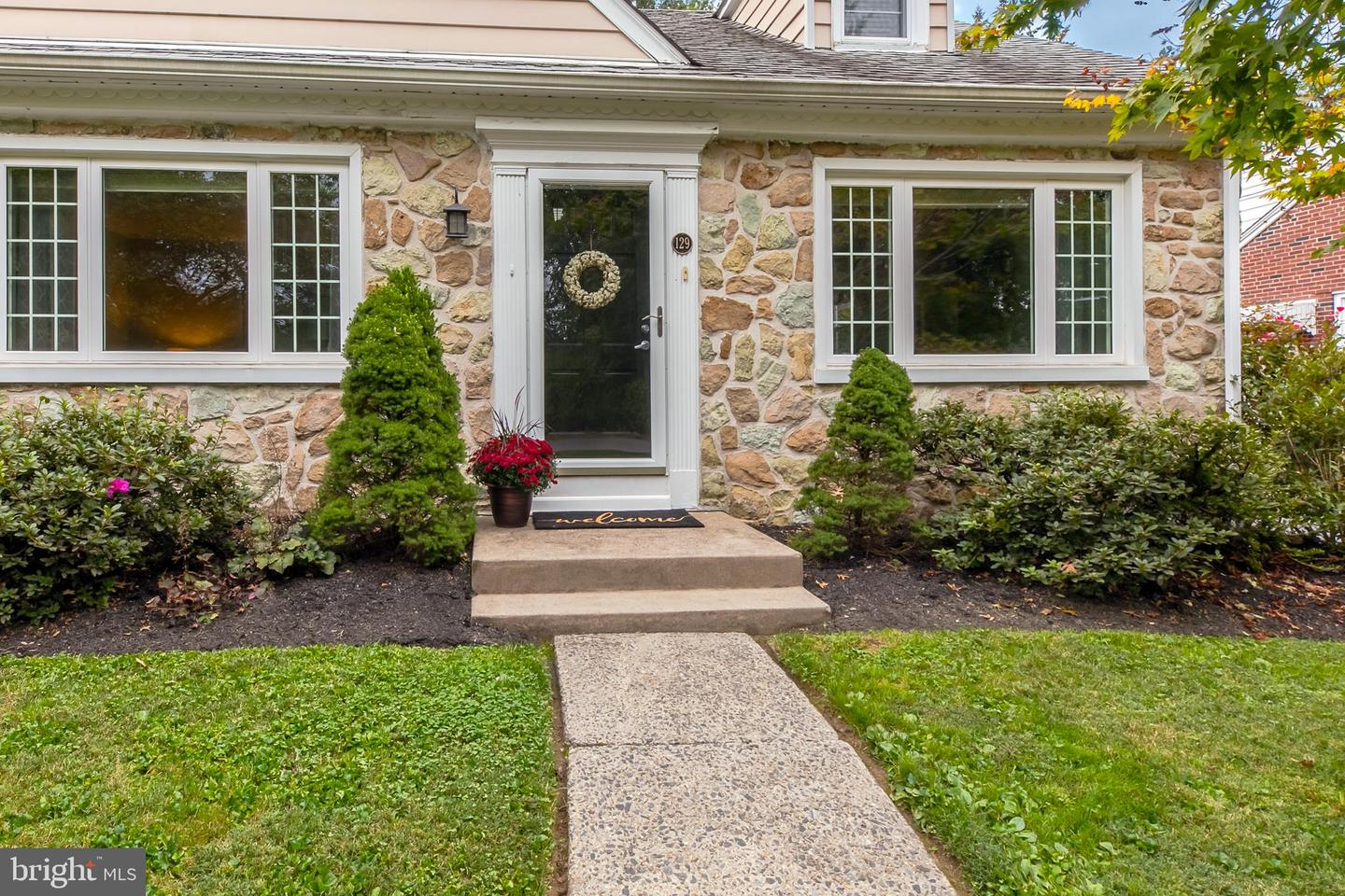 129 Merrybrook Drive Havertown , PA 19083