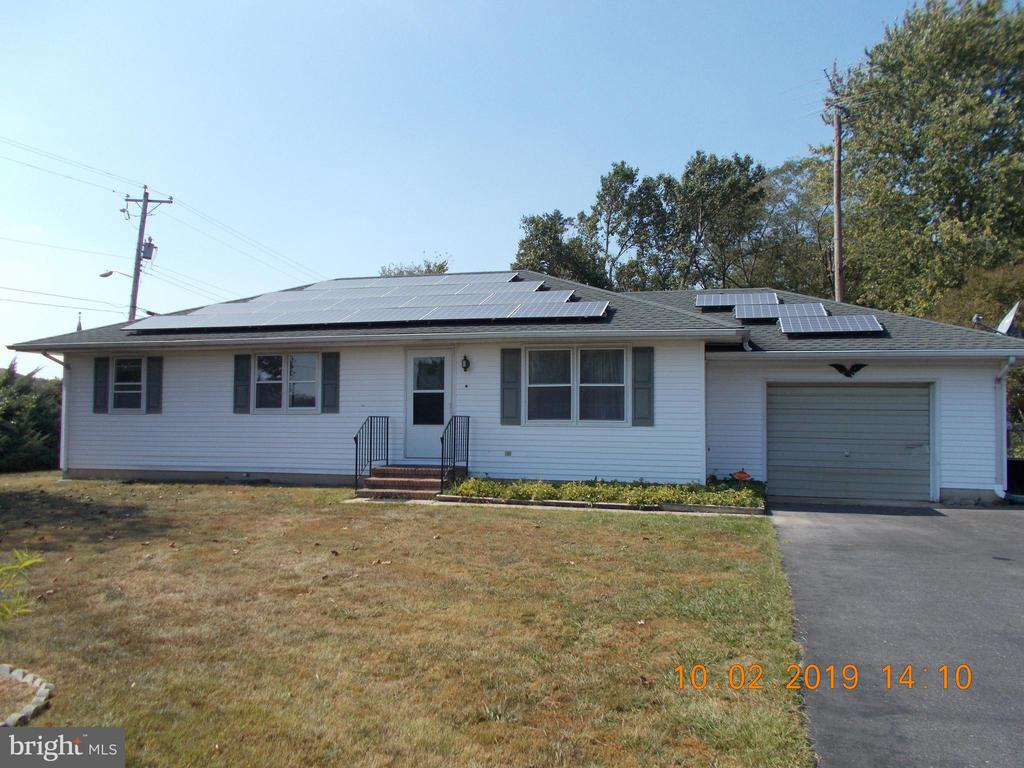 Nice property in Trappe! Corner lot improved by  3BR, 2 bath rancher.  Heat pump/central air.  Needs some TLC (carpet, paint, other repairs). Nice family room.  Attached garage with workbench.