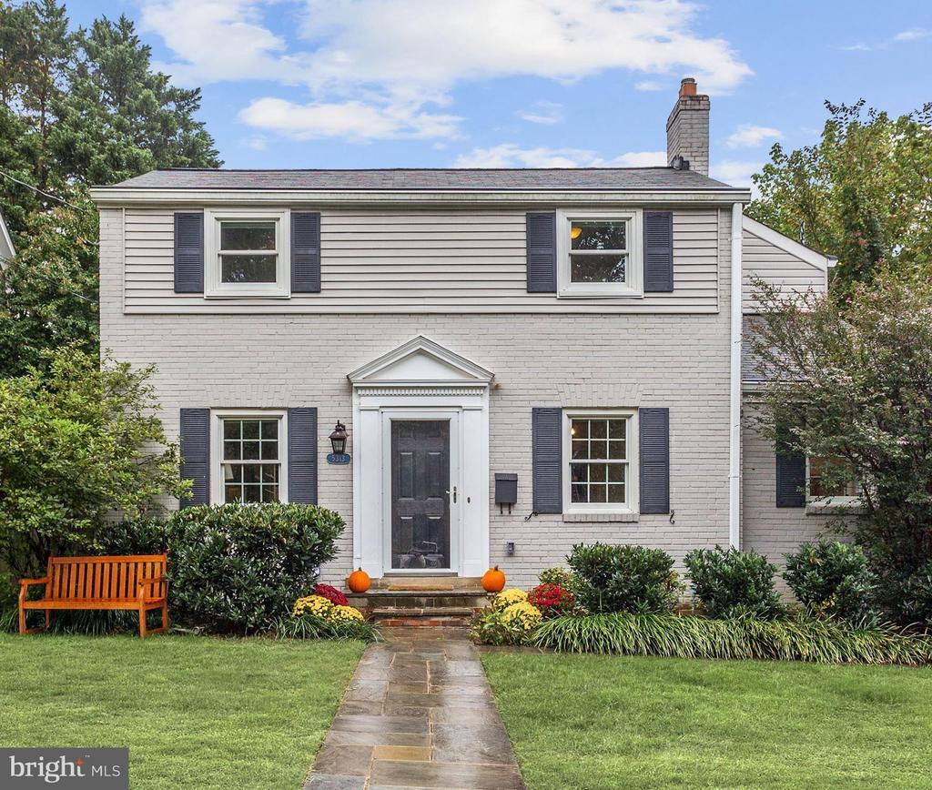 The main level of this updated home features hardwood floors refurnished in 2016 and natural light, perfect for everyday living. The family room includes a wood-burning fireplace, formal dining room, gracious living room, mudroom and updated kitchen. Four bedrooms can be found on the upper level. The lower level offers a spacious recreation room. The exterior landscaping extends the home, offering a stone patio  Ideally located near River Road and Little Falls Parkway.