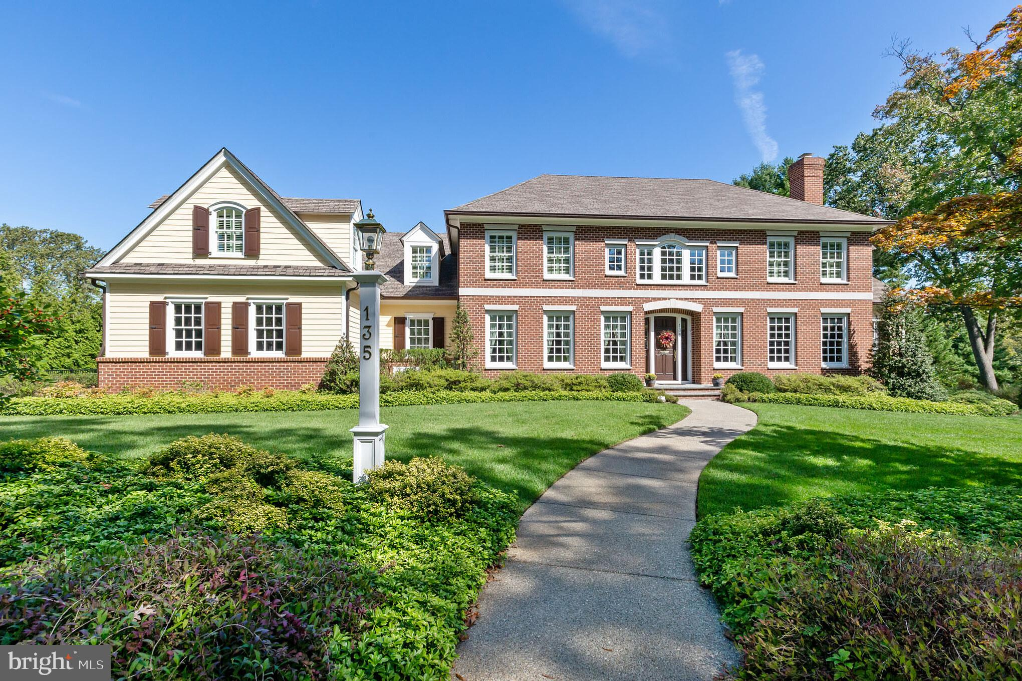 135 WINDING WAY, HADDONFIELD, NJ 08033