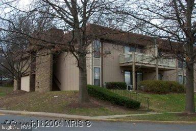 5822 Royal Ridge Dr #G, Springfield, VA 22152