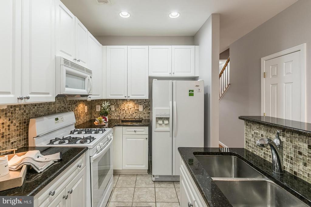 Photo of 2651 Park Tower Dr #112