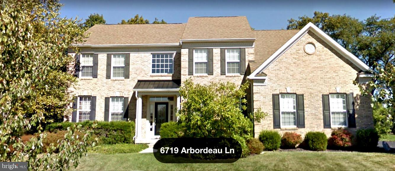 6719 ARBORDEAU LANE, MACUNGIE, PA 18062