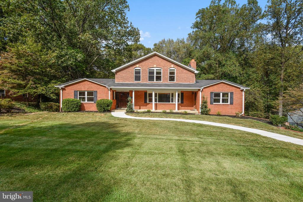 10710  HOWERTON AVENUE, Fairfax, Virginia