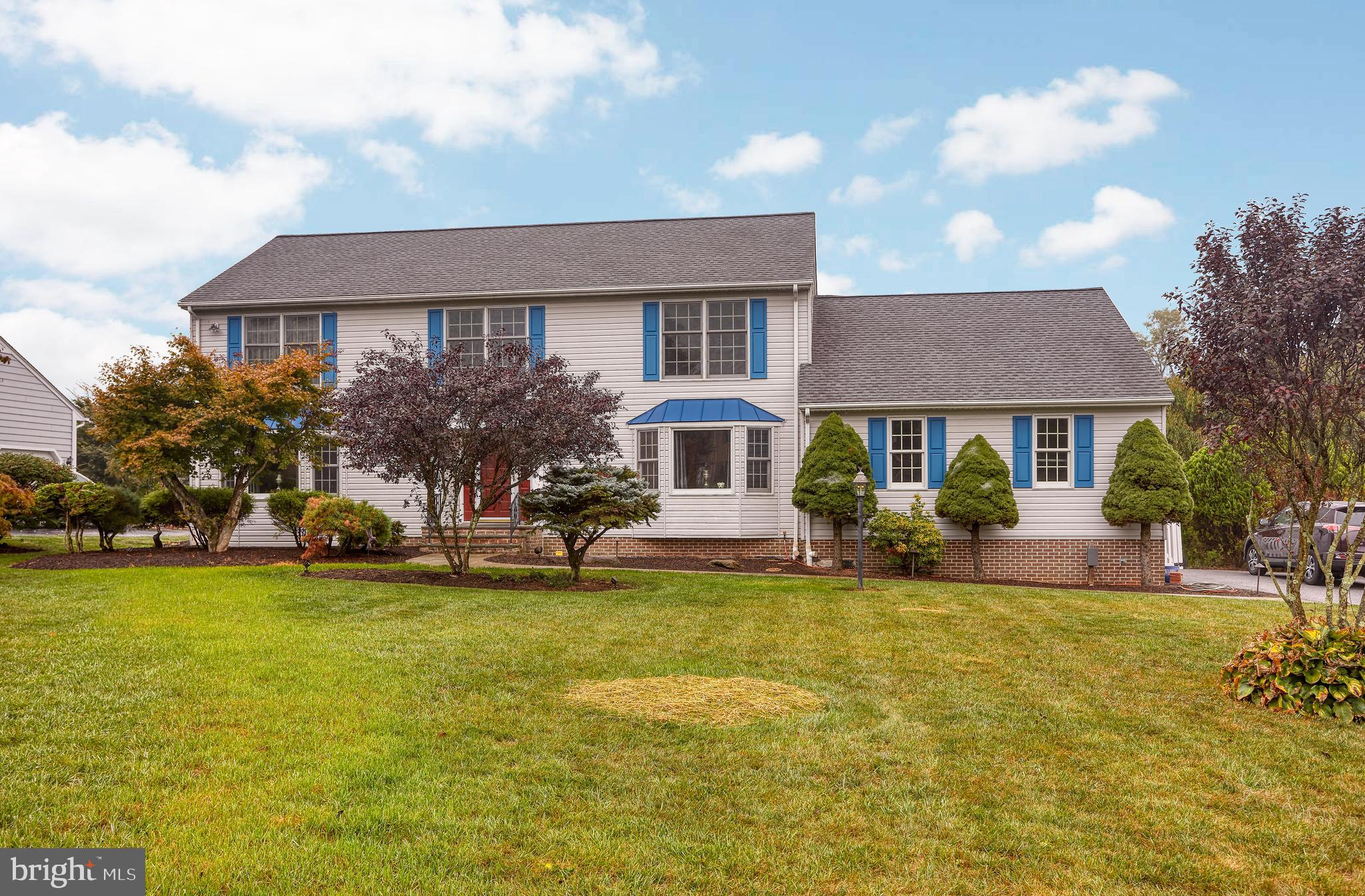 13 COUNTRY MANOR LANE, NEW FREEDOM, PA 17349