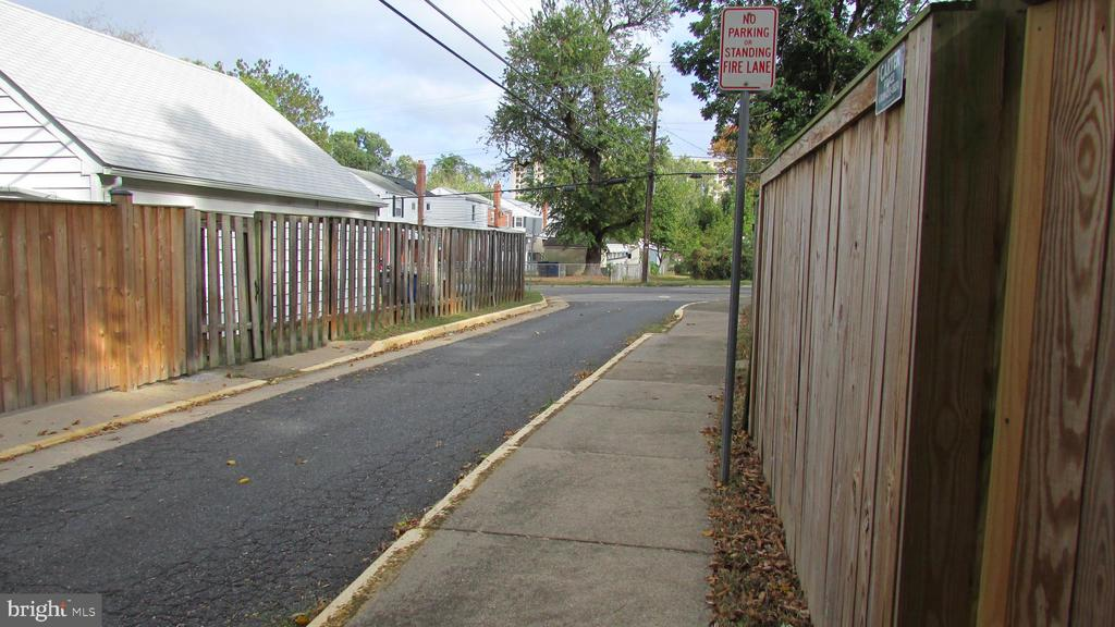 Photo of 2126 Farrington Ave