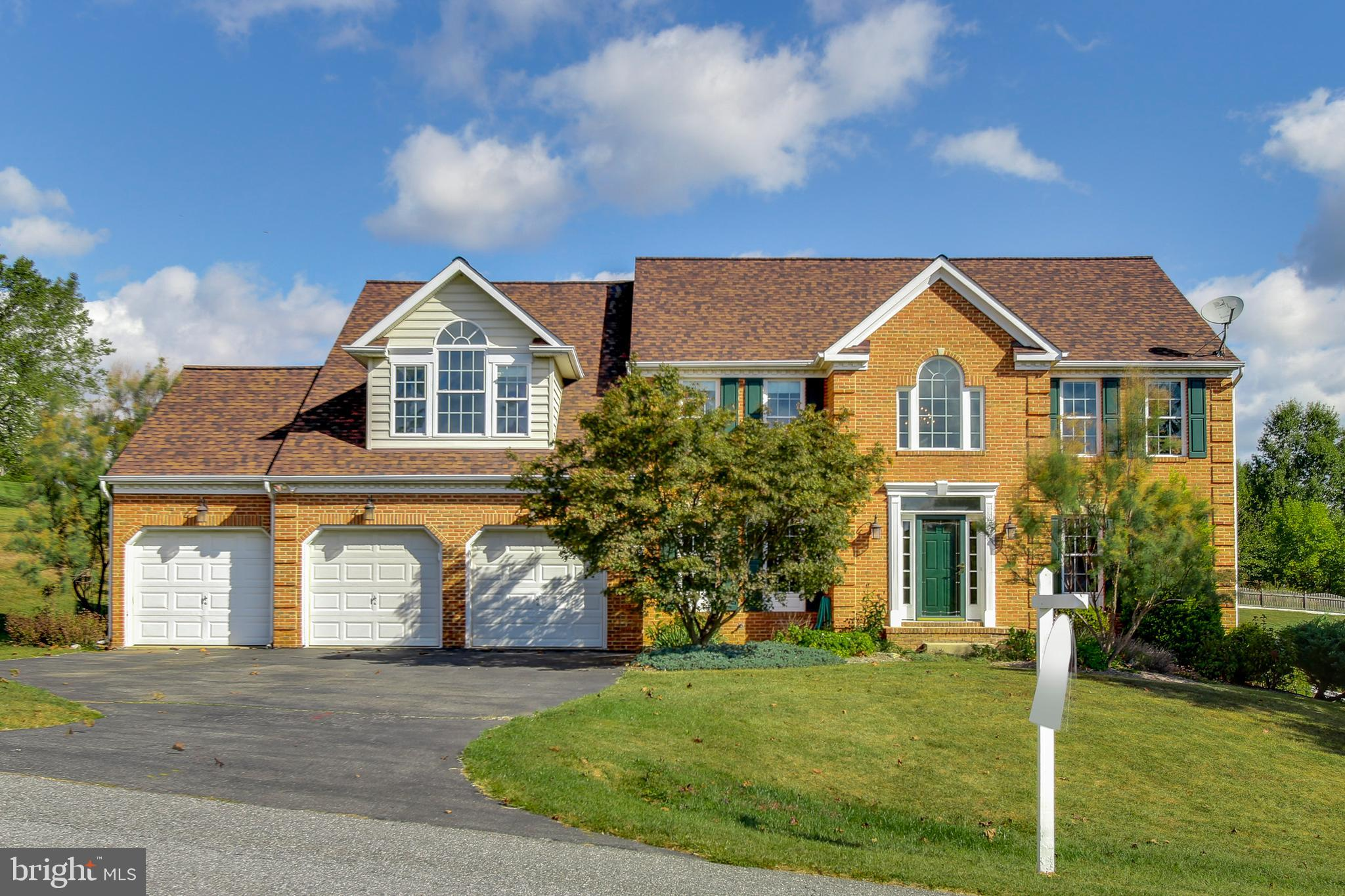 13692 SAMHILL Dr, Mount Airy, MD, 21771