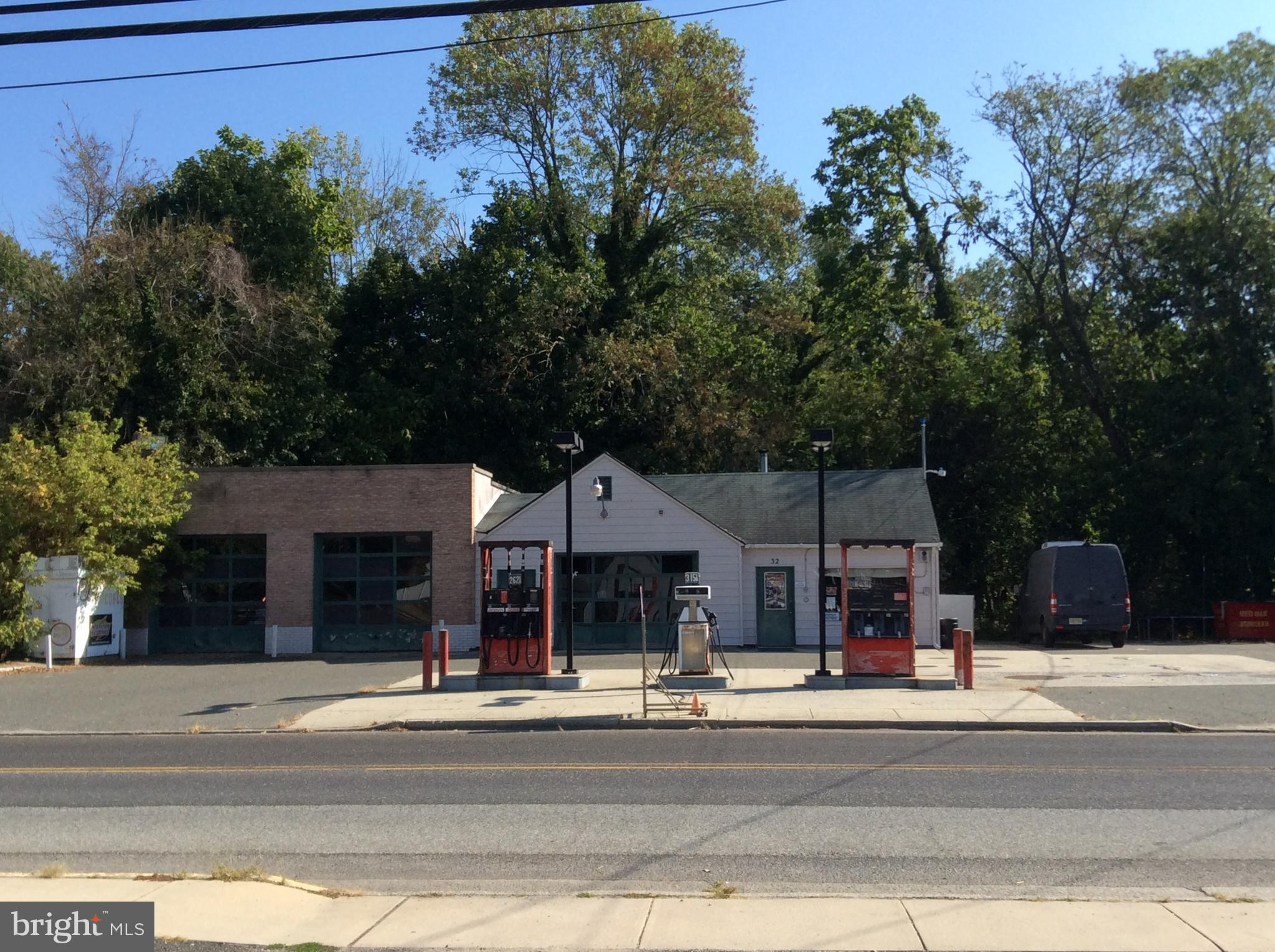 32 S GREENWICH STREET, ALLOWAY, NJ 08001