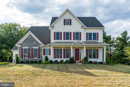 252 Barberry Ln, Laytonsville, MD 20882