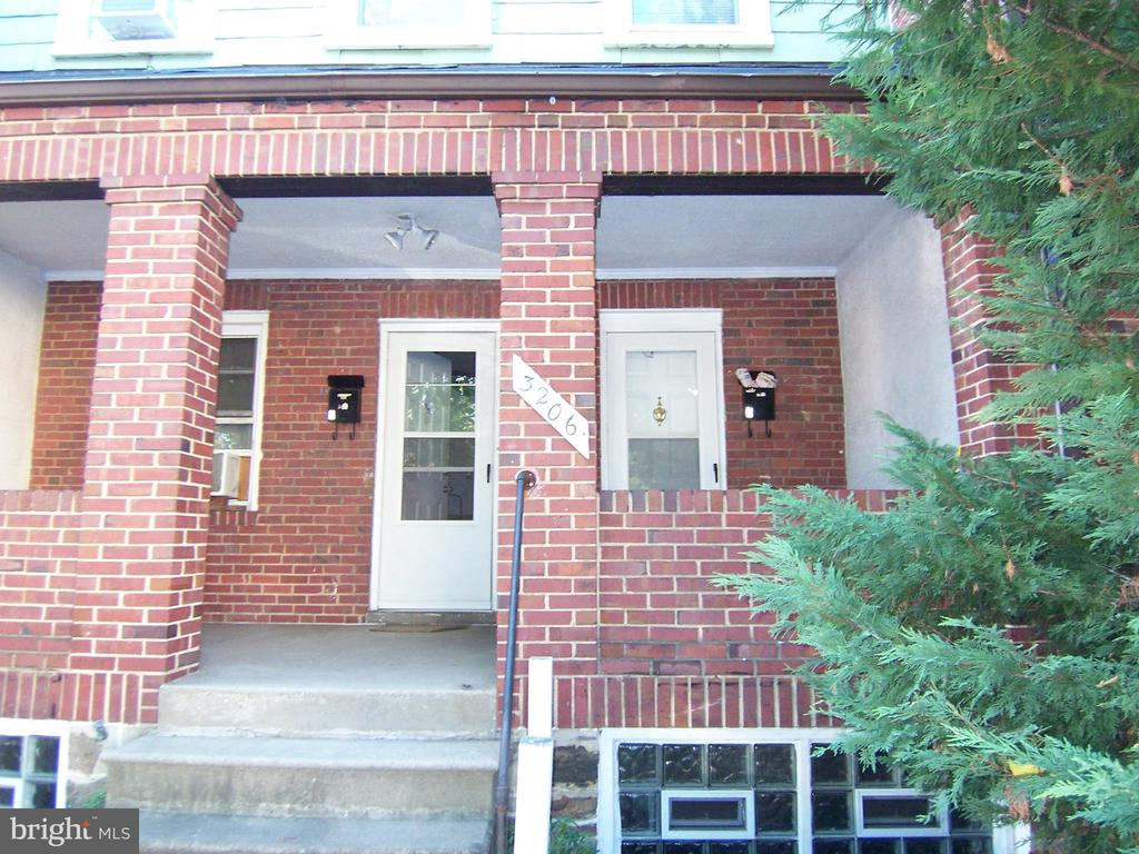 2 (1) BR apt., both currently occupied, separate     utilities for each apt. Comes with a detached        stone garage.  Each apt. has a separate front         entrance and the basement may possibly be used for a third apt.