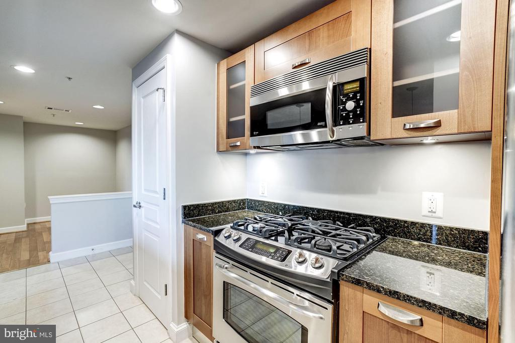 Photo of 2451 Midtown Ave #1306