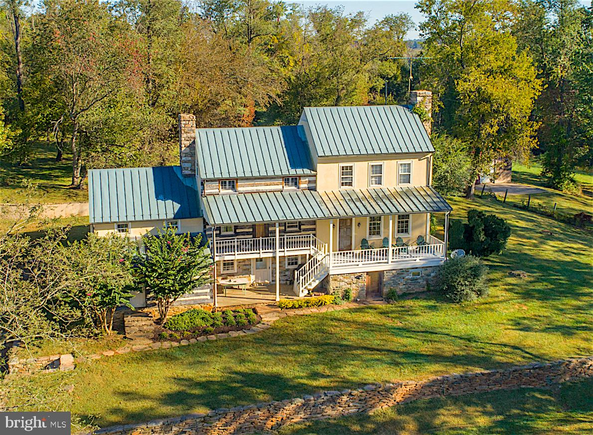 19923 Woodtrail Road, Round Hill, VA 20141
