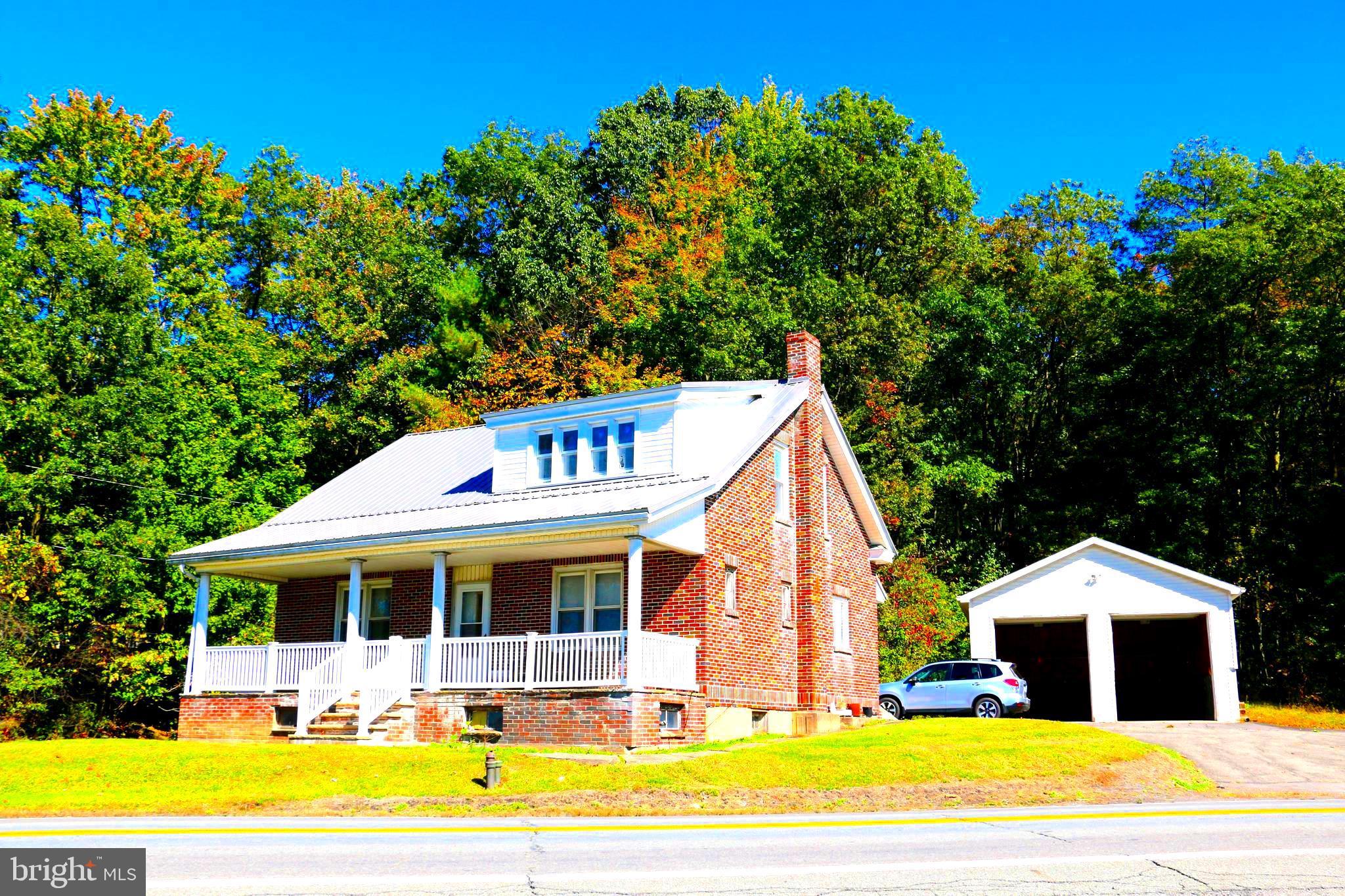 101 MOREA ROAD, FRACKVILLE, PA 17931