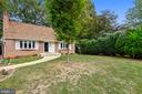 5017 Gainsborough Dr