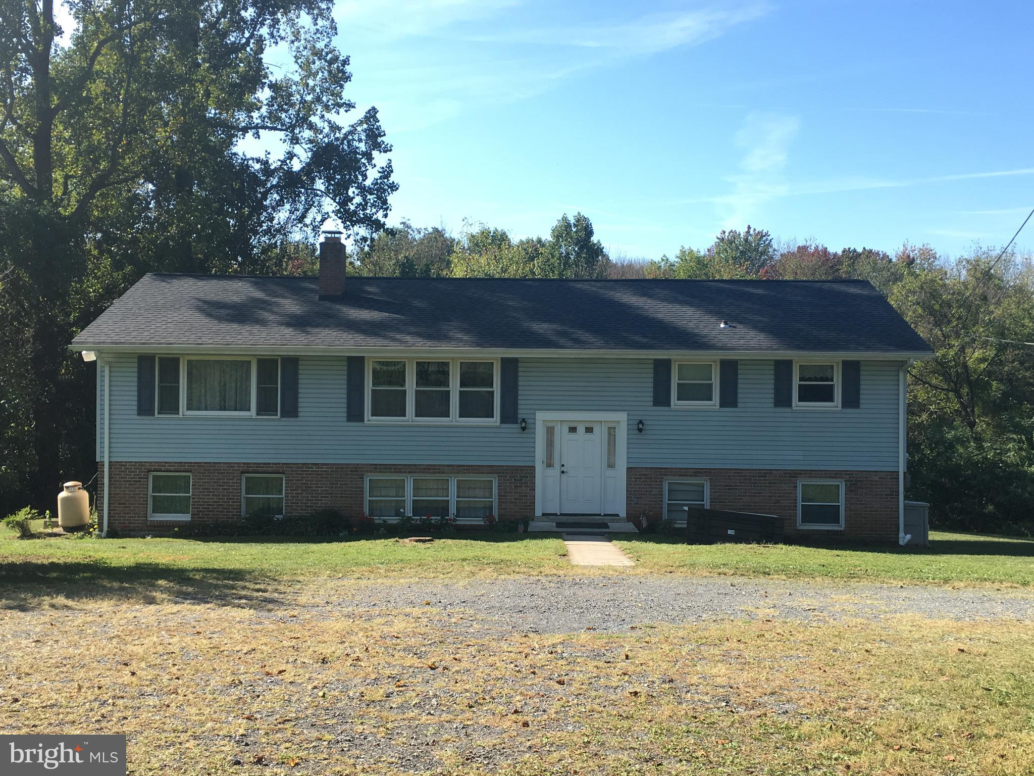 1090 FOREST HILL ROAD, STEVENS, PA 17578