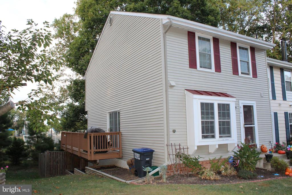 Photo of 6101 Pond Lily Ct