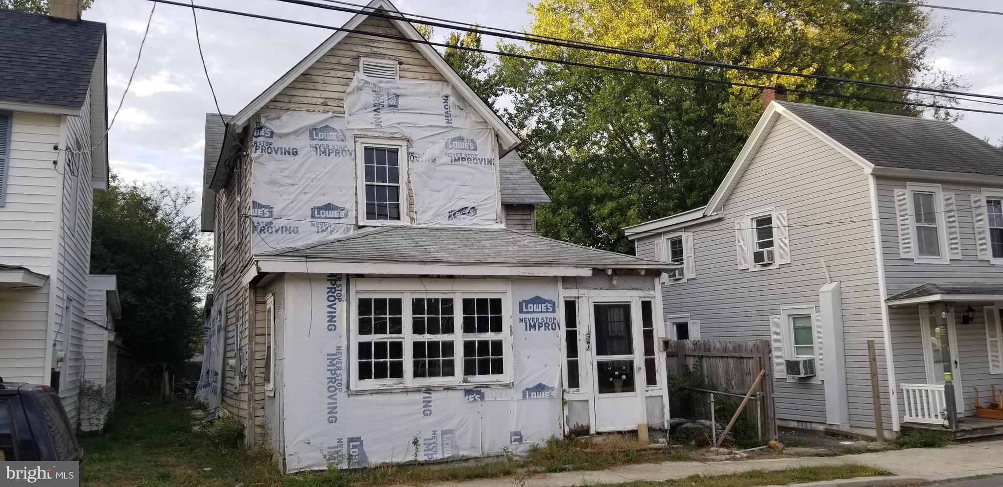 D-9366  Start your building project on this affordable lot with low taxes.  Priced at the value of the land. Use Caution if entered. Use protection including a bump cap and mask. We have no knowledge of structural integrity. YOU HAVE BEEN WARNED!