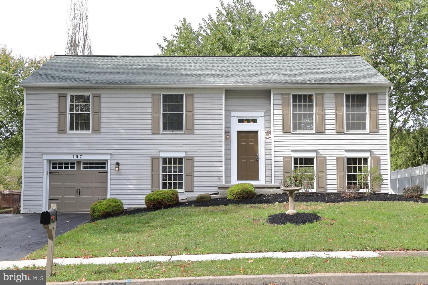 107 CATHERINE COURT, LEWISBERRY, PA 17339