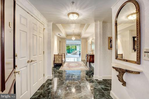 5630 Wisconsin Ave #501, Chevy Chase, MD 20815