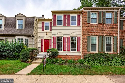 5502 Cheshire Meadows Way, Fairfax, VA 22032