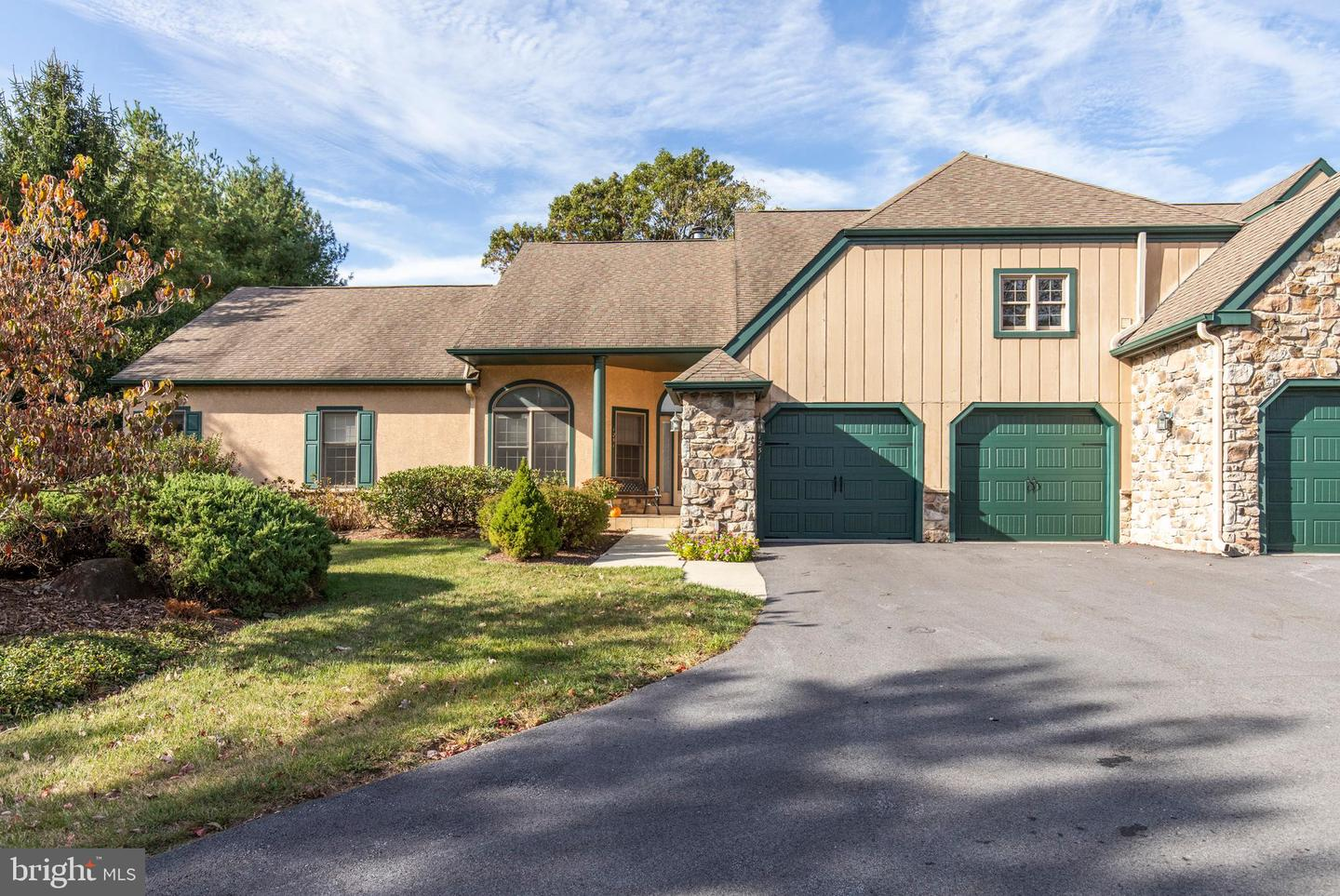 1251 Oakmont Lane West Chester, PA 19380