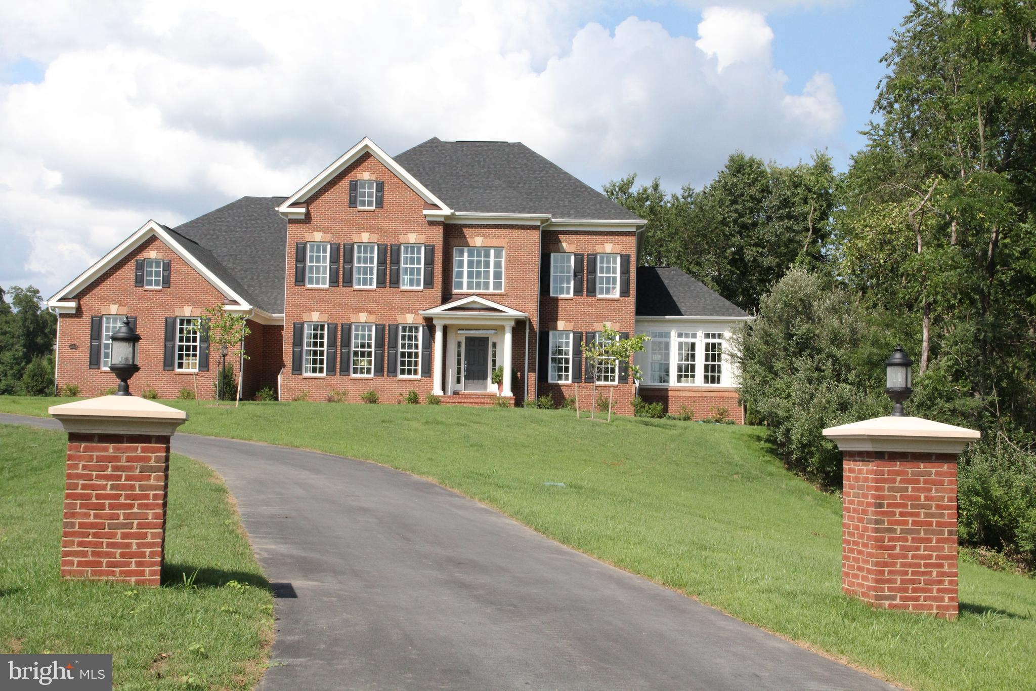 15979 WATERFORD CREEK CIRCLE, HAMILTON, VA 20158