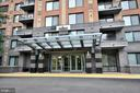 2451 Midtown Ave #413