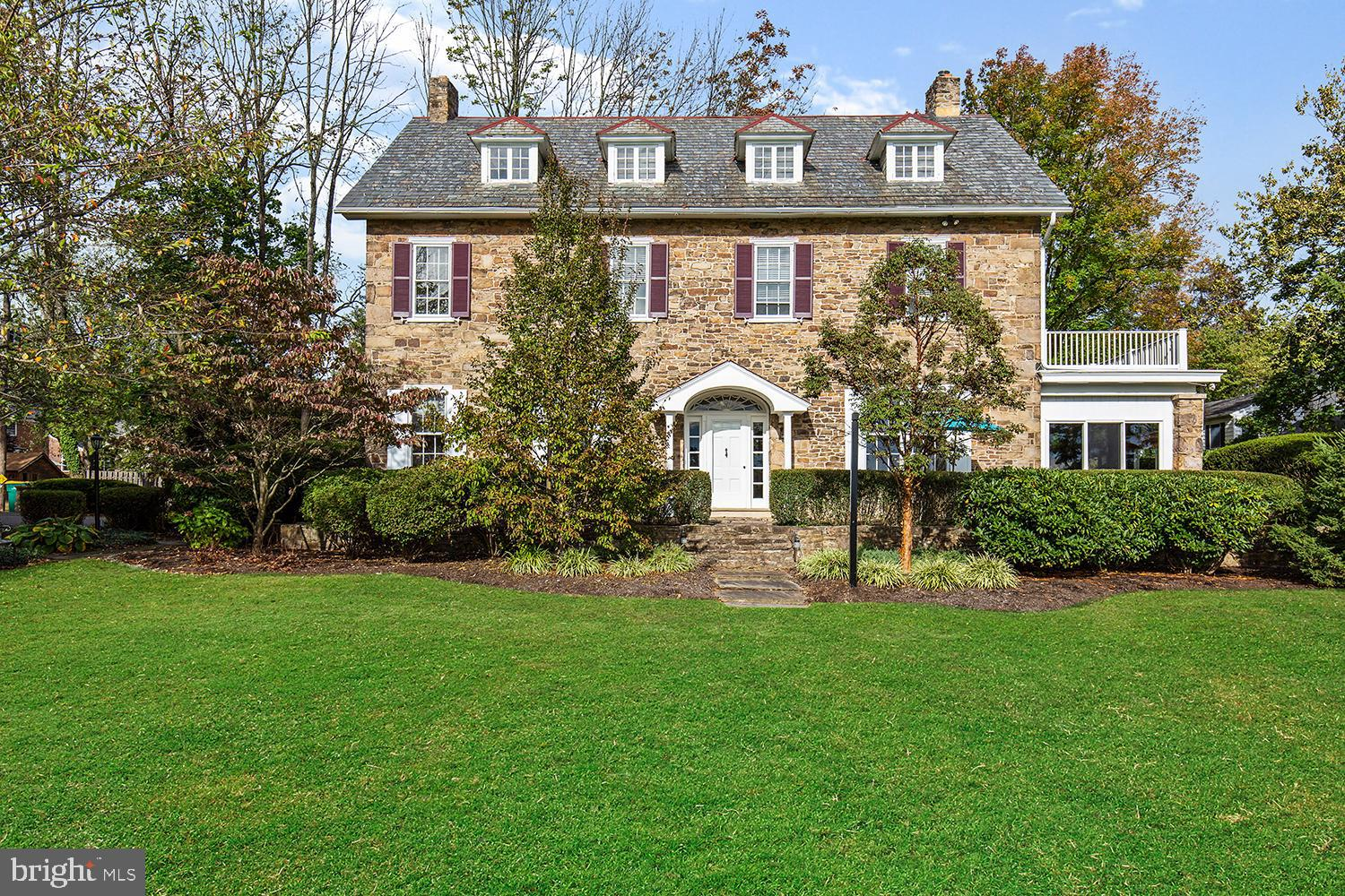 16 GOLF VIEW ROAD, DOYLESTOWN, PA 18901