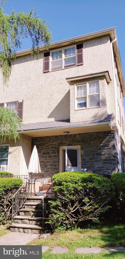 214 N Essex Avenue #1 Narberth, PA 19072
