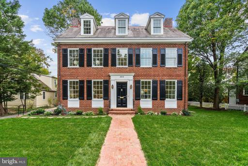 3806 Raymond St, Chevy Chase, MD 20815