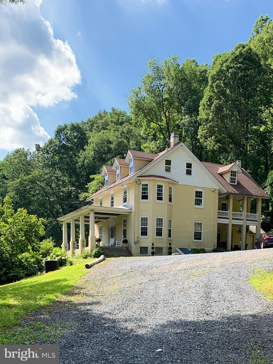 2960 PRICETOWN ROAD, TEMPLE, PA 19560