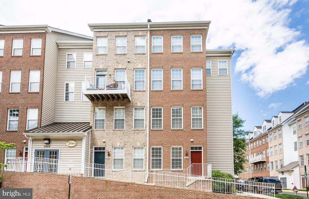 Photo of 2664 Manhattan Pl #303