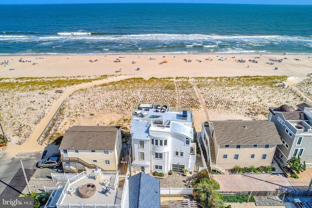 218 E 17TH, Long Beach Island, New Jersey