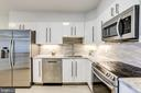 1805 Crystal Dr #610s