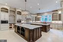 8906 Old Dominion Dr