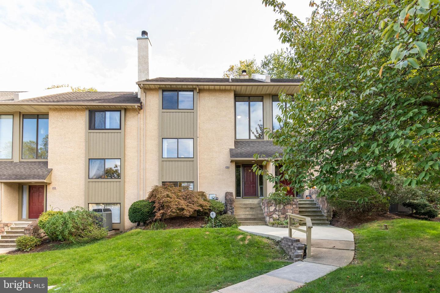 403 Lynetree Drive West Chester, PA 19380