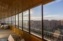 1300 Crystal Dr #1407s