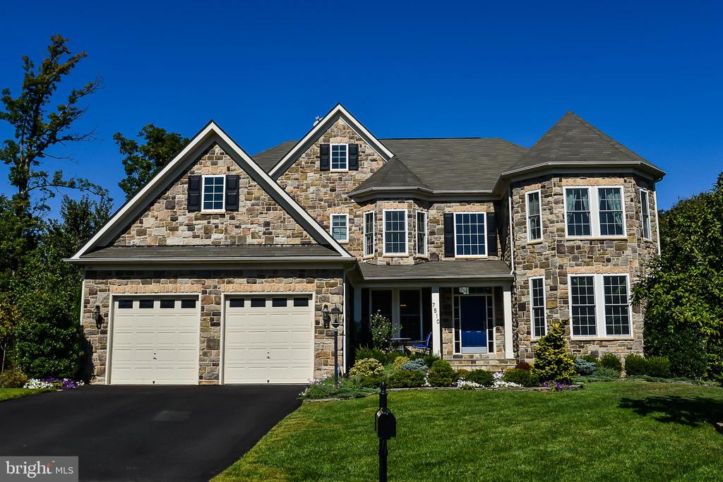 7510  RED HILL DRIVE, West Springfield, Virginia