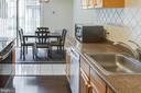 2230 Castle Rock Sq #1b