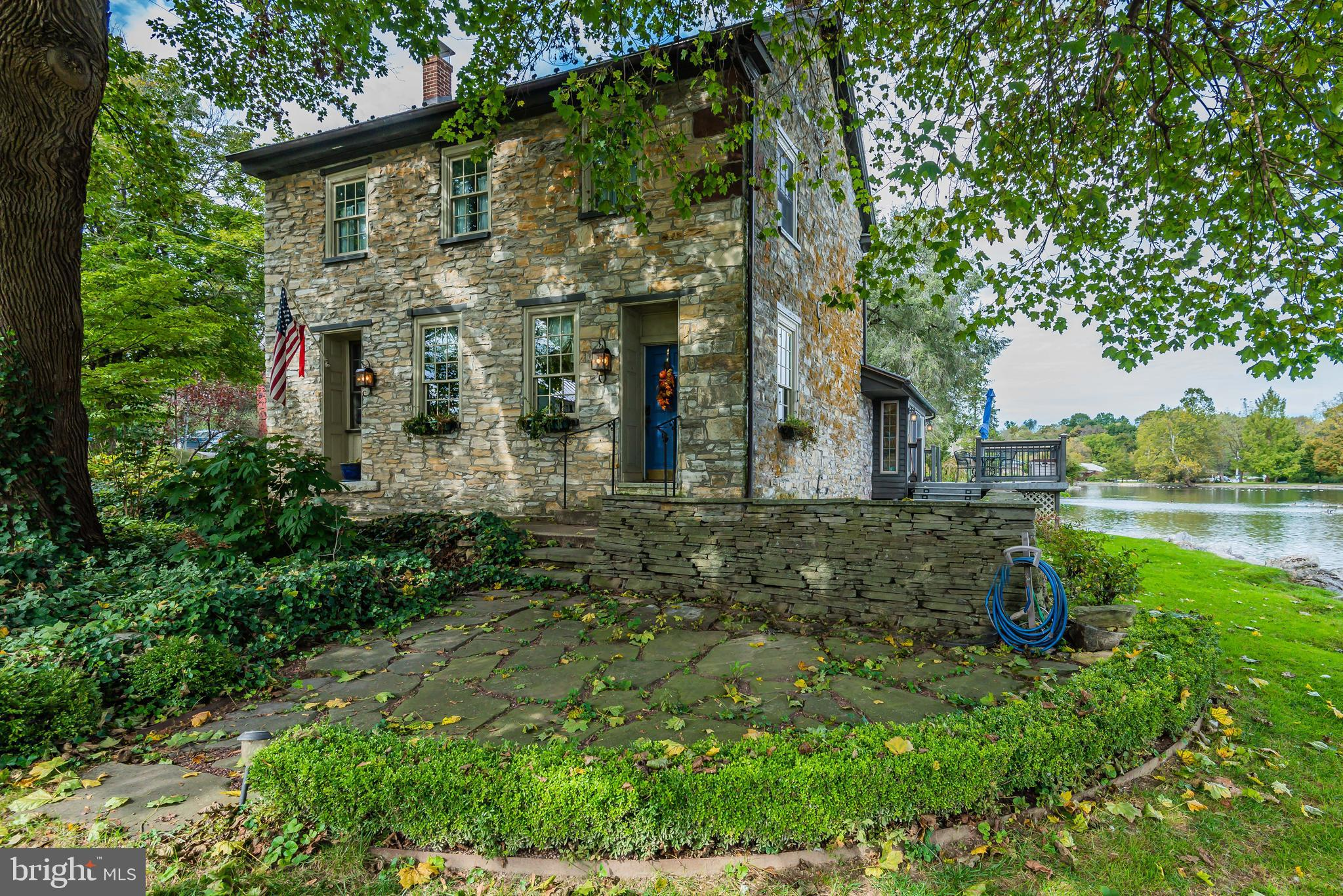 400 FRONT STREET, BOILING SPRINGS, PA 17007