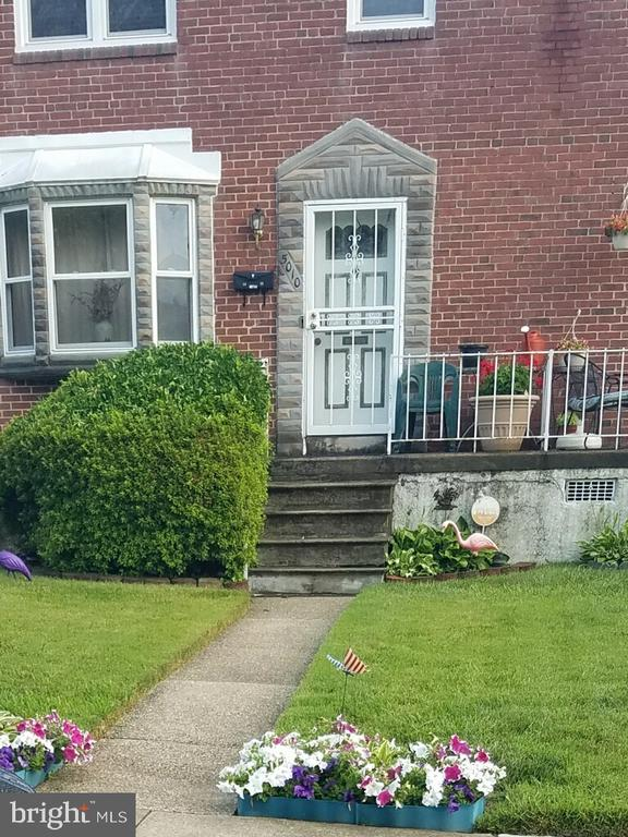 Move in ready with upgrades throughout. Bright updated kitchen and bathroom. Spacious rooms with wall to wall carpeting. Fully finished basement makes a great family or recreation room. Large fenced in rear yard and much more! Professional interior and exterior photos are coming!