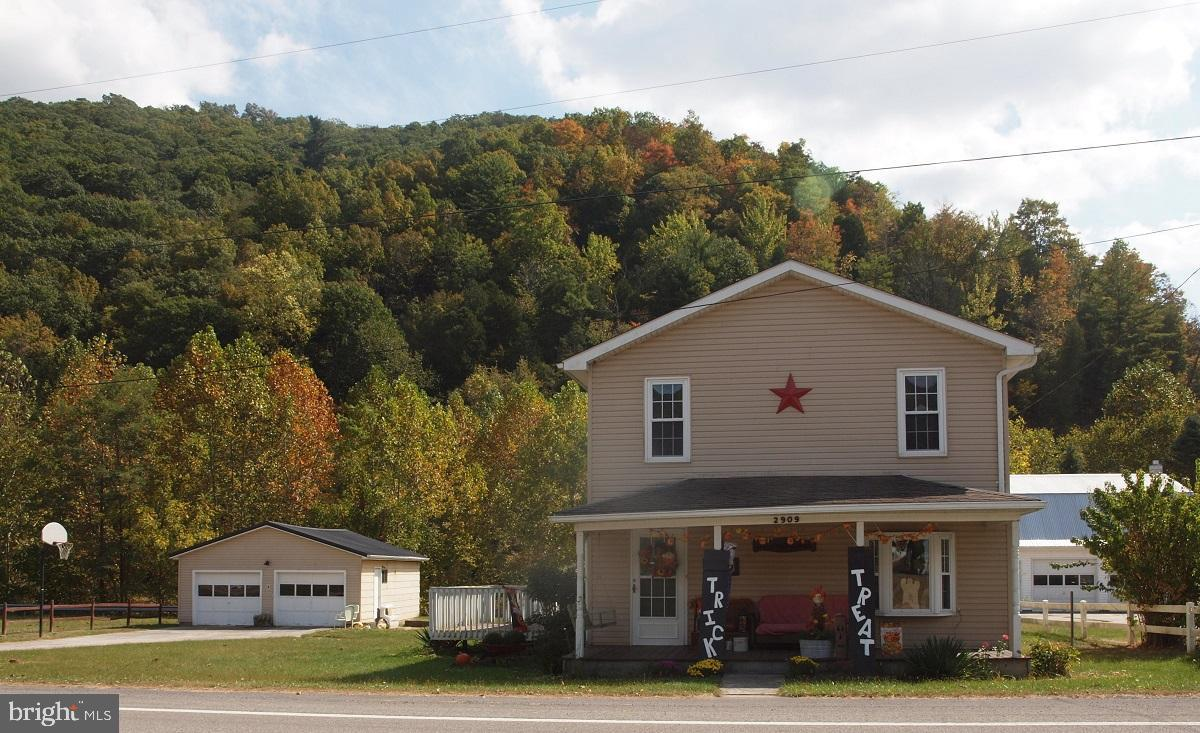 2909 MT. FREEDOM DRIVE, CIRCLEVILLE, WV 26804
