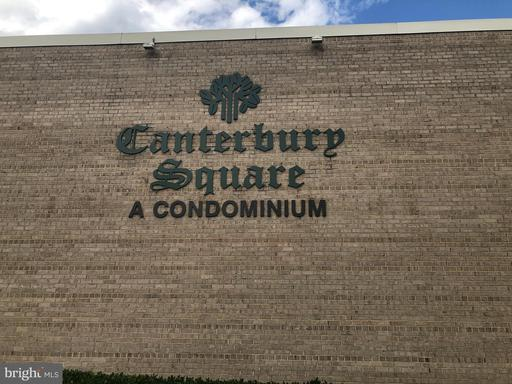 17 Canterbury Sq #101, Alexandria 22304
