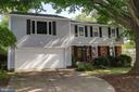 7910 Freehollow Dr