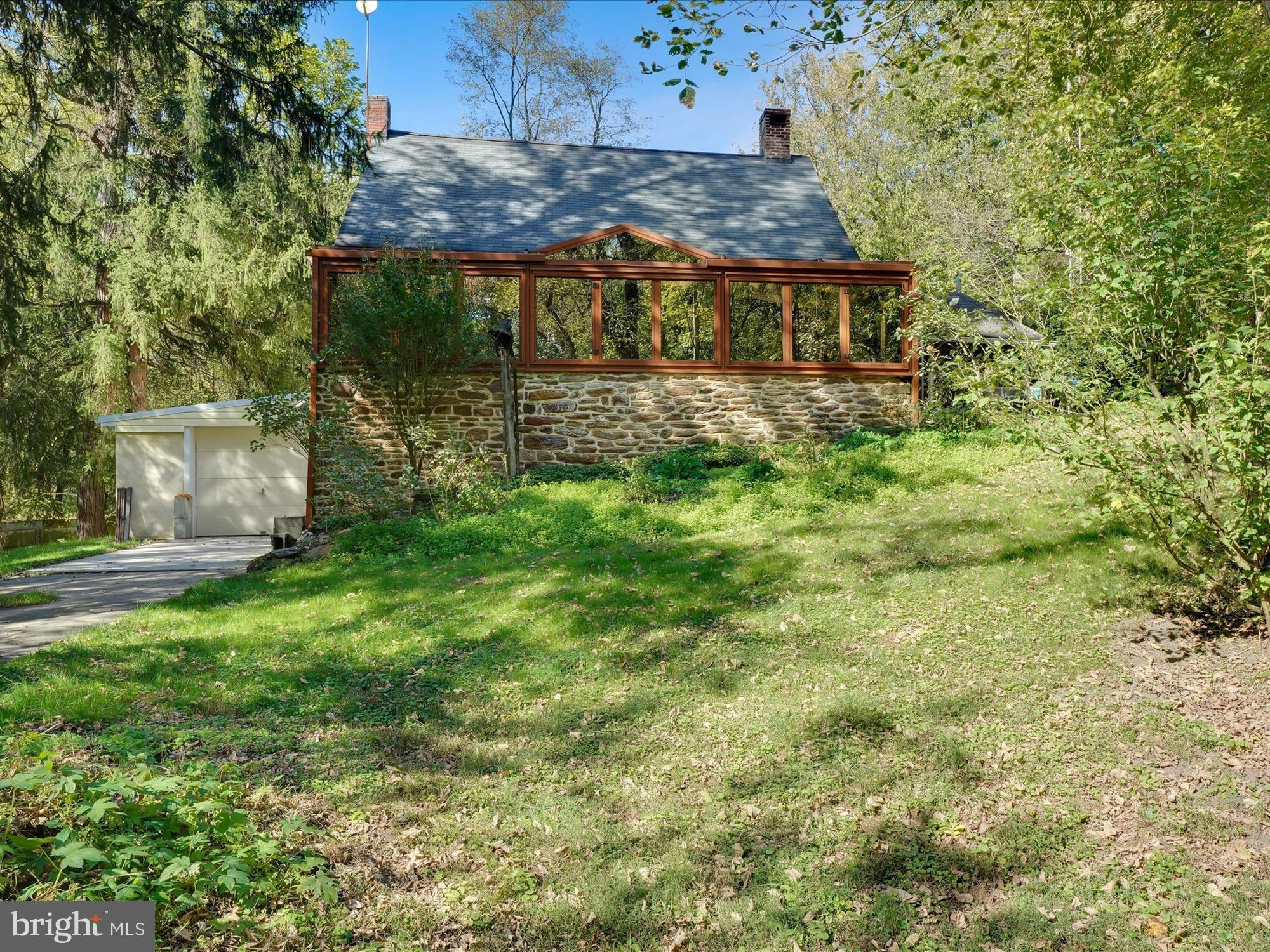 427 RADCLIFF ROAD, WILLOW STREET, PA 17584