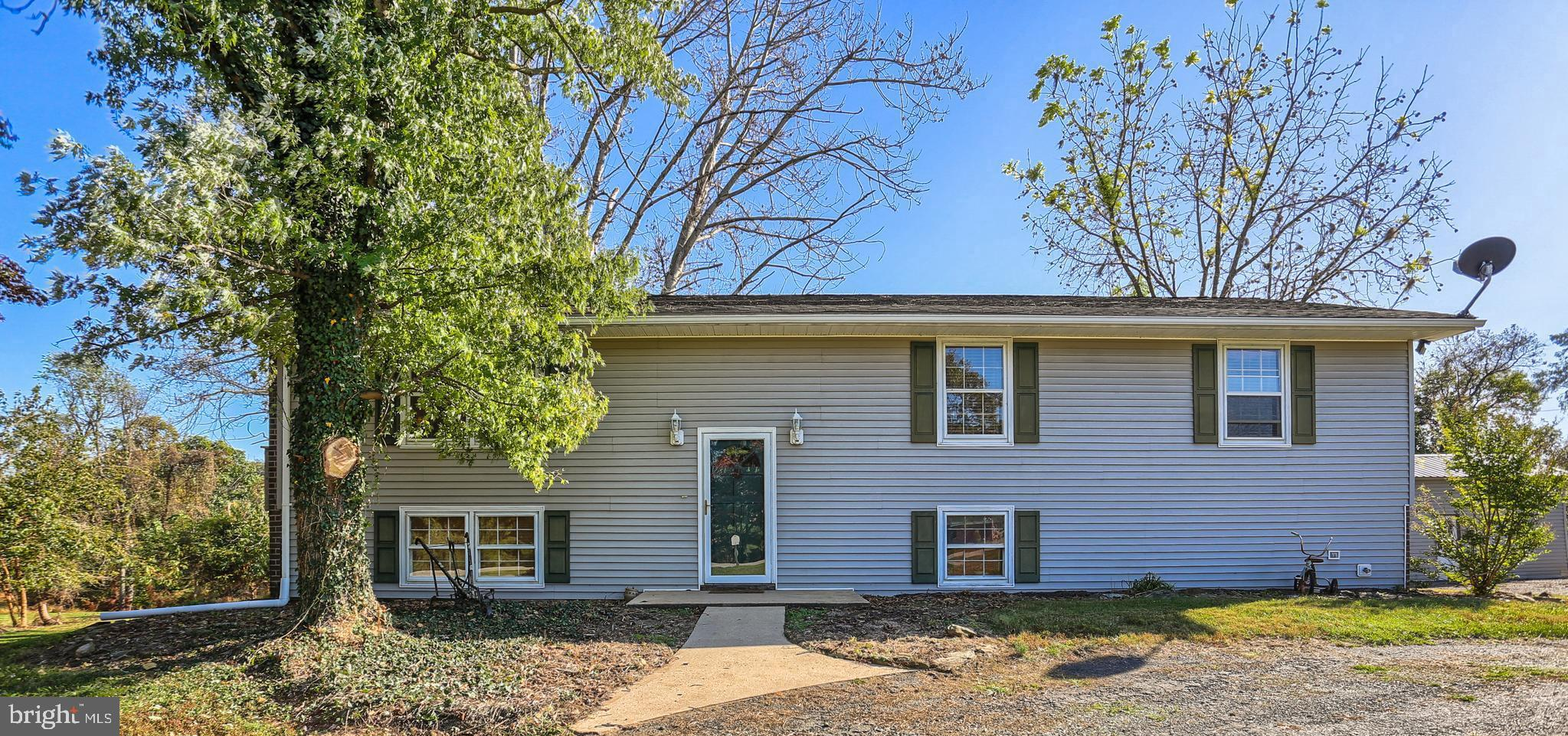 44 SURREY DRIVE, WRIGHTSVILLE, PA 17368