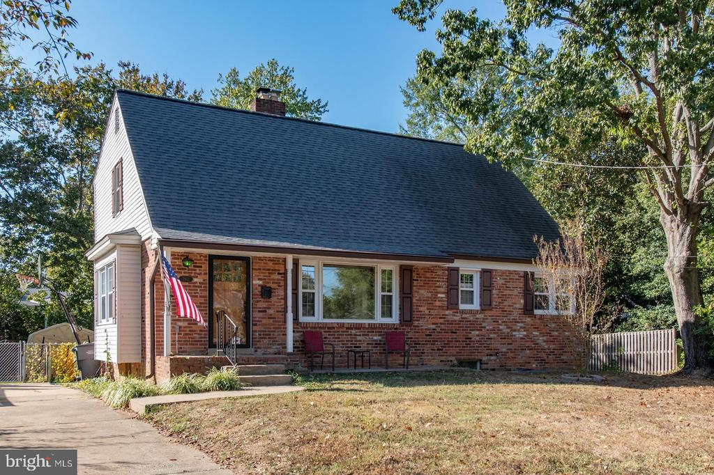 """Five bedroom, two full bathrooms, hardwood floors, three levels. Walking distance to Hollin Hall Shopping Center, Bus line and parks. A wonderful opportunity to move in and live or to personalize your home, renovation potential. Sold """"As is""""."""