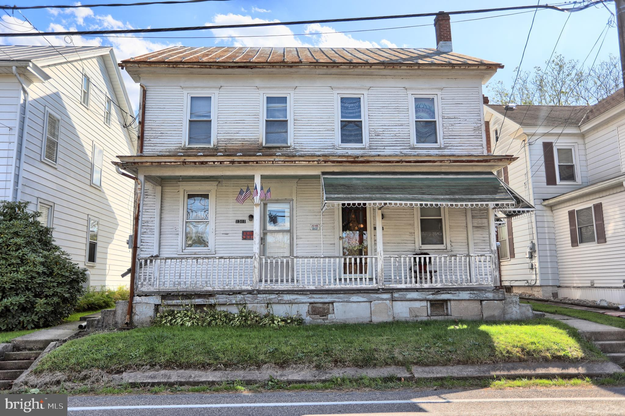 1311 W MAIN STREET, VALLEY VIEW, PA 17983