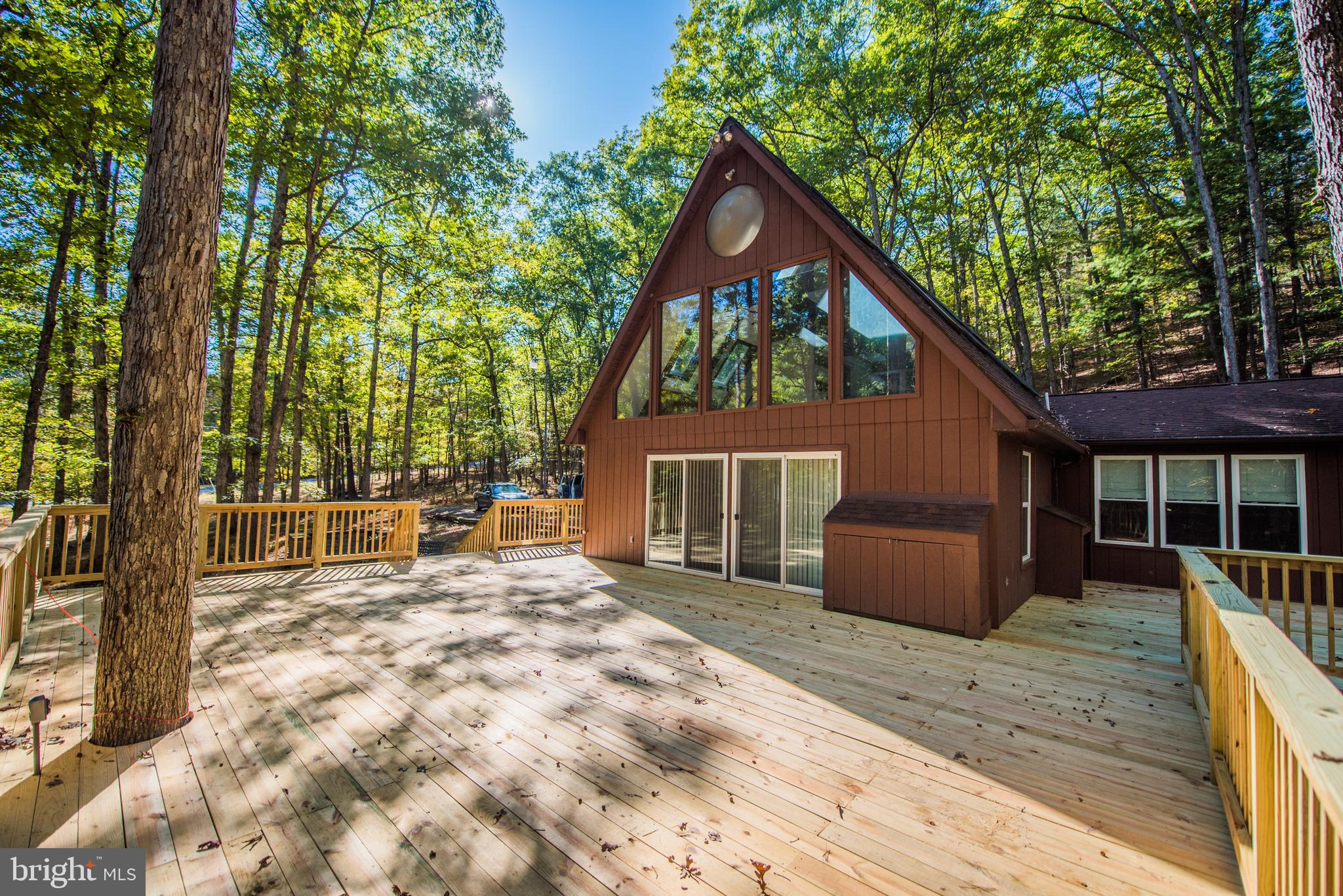 246 SIDELING MOUNTAIN TRAIL, GREAT CACAPON, WV 25422