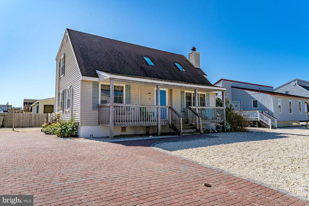 6  COHASSET RD., Long Beach Island in OCEAN County, NJ 08008 Home for Sale